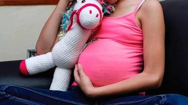 Joven violó y embarazó a su hermanastra de 13 años de edad en San Miguel
