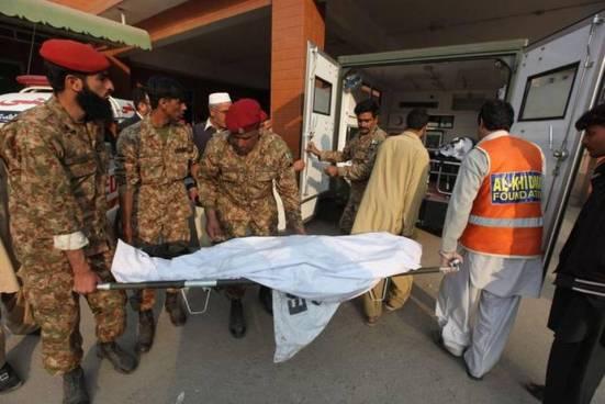 50 muertos en un ataque del Ejército de Pakistán