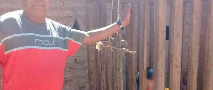 VÍDEO | Padres encierran a su hijo discapacitado en una jaula durante 4 años