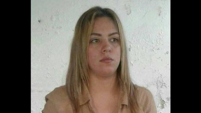 Pandillera capturada en Ahuachapán causa polémica en las redes sociales