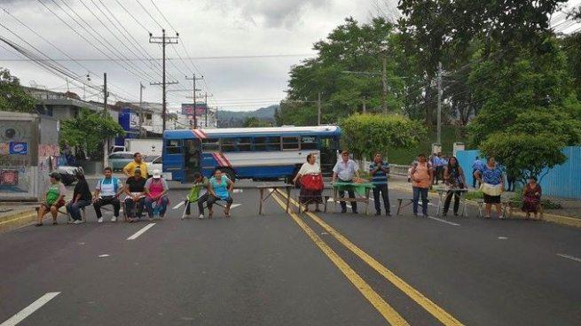 Vendedores del Parque Cuscatlán exigen mesa de diálogo con el alcalde de San Salvador
