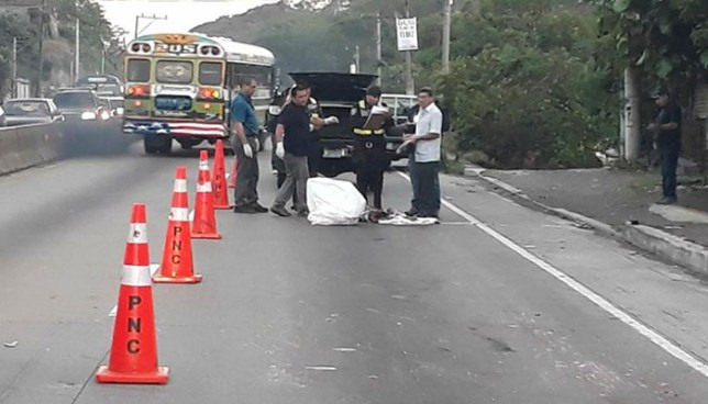 Hombre muere atropellado en la carretera Los Chorros