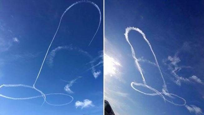 Piloto de la armada de Estados Unidos causa furor al dibujar un pene en el cielo