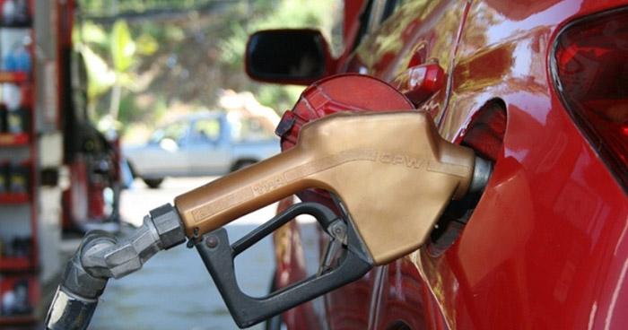 Combustibles disminuirán su precio hasta $0.09 centavos a partir de mañana