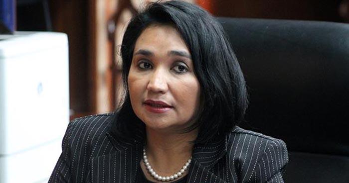 Diputados interpelarán a la presidenta de la CCR para que explique aumento salarial