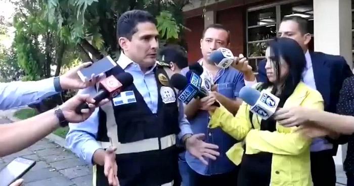 """Roberto d'Aubuisson: """"A mi no me preocupan los heridos de los revoltosos"""""""