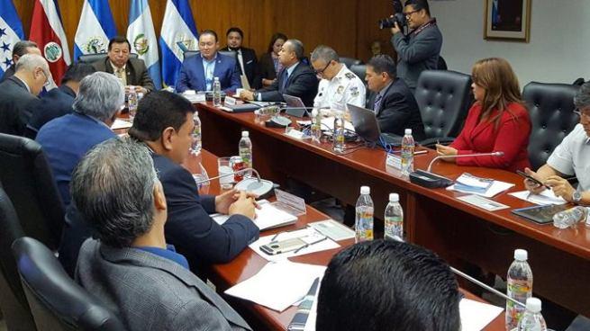 Asamblea pedirá análisis legal para crear el Registro Nacional de Pandilleros