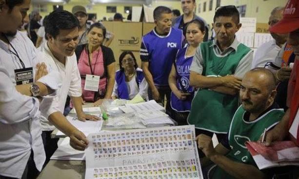 TSE contrata dos empresas para contar los votos en las elecciones de 2018