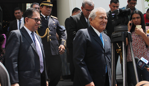 Gobierno de El Salvador ve con poca probabilidad otro impago