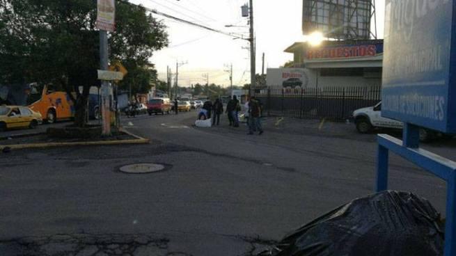 Muere hombre tras ser atropellado por una rastra en San Miguel