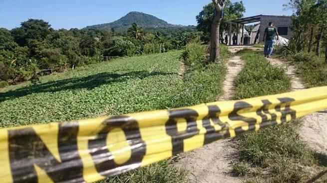 Mujer acribillada a balazos por delincuentes en Cuscatlán