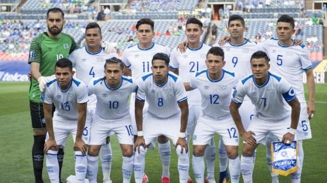 Eduardo Lara hace una nueva y definitiva convocatoria para el amistoso contra Canadá