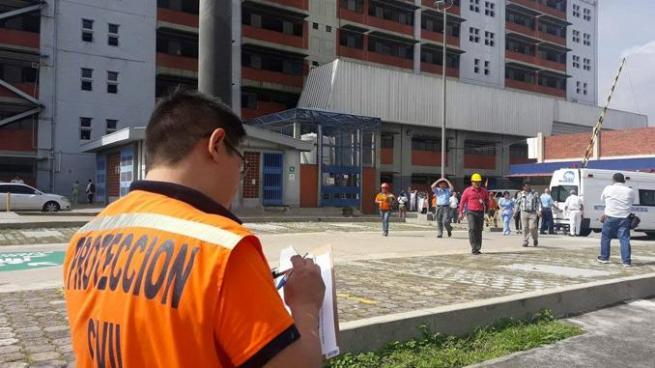 Realizan simulacro de evacuación en caso de terremoto a escala nacional