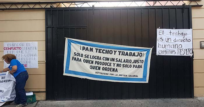 Sindicalistas del ISDEMU reducen labores y piden la destitución de la directora de la institución