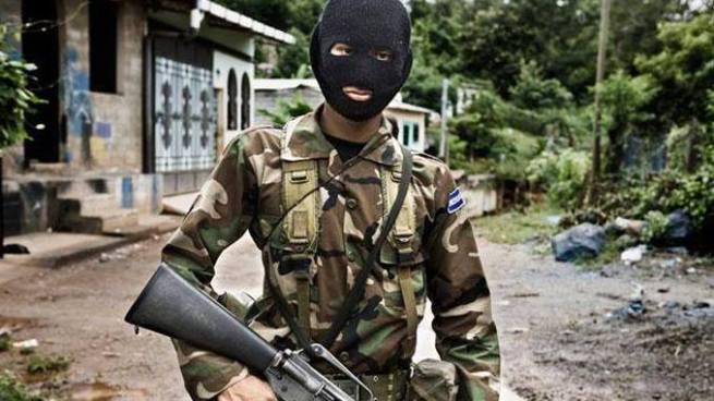Fuerza Armada expulsó de sus filas a más de 600 militares ligados a pandillas