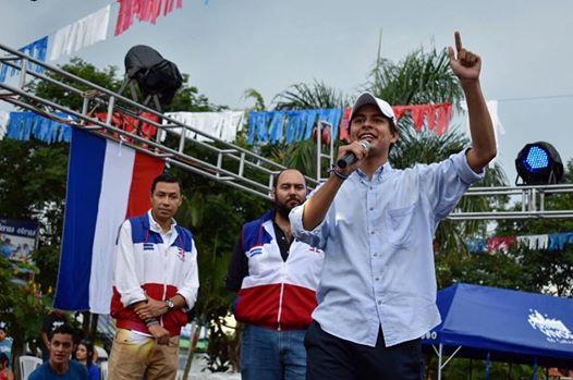 Abraham Soto, el precandidato a diputado más joven de ARENA