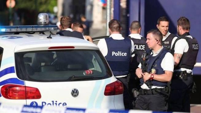 Un sujeto fue abatido tras acuchillar a dos militares en Bélgica