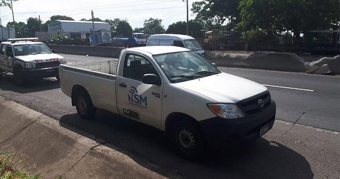 Delincuentes asaltan a periodistas del canal 12 en Quezaltepeque, La Libertad