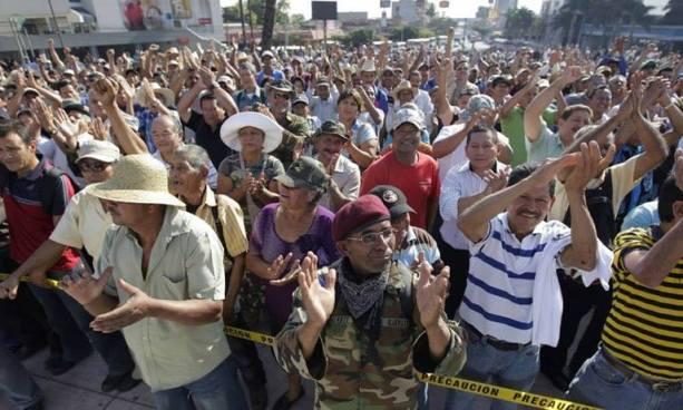 Sala admite demanda interpuesta por veteranos de guerra en contra de Hacienda