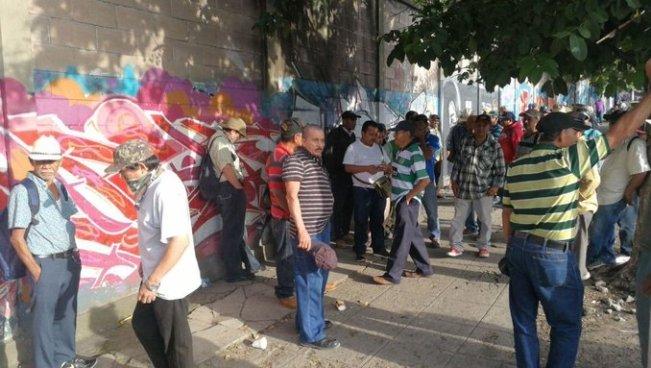Veteranos protestaron en diferentes puntos de acceso a San Salvador
