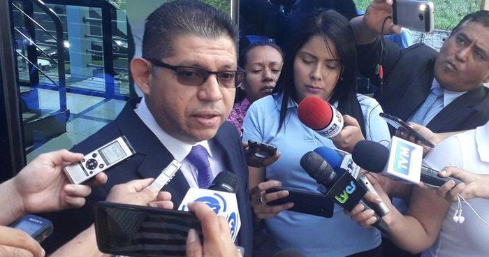 Abogado del exministro de Seguridad y exdirector de Centros Penales presentó documentación de ASOCAMBIO