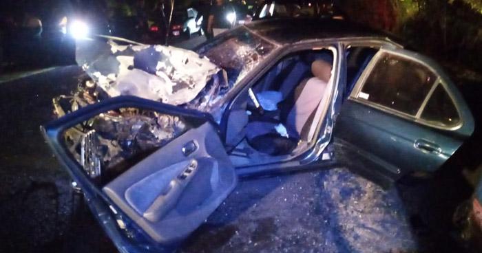Tres lesionados graves tras fuerte choque en Cabañas