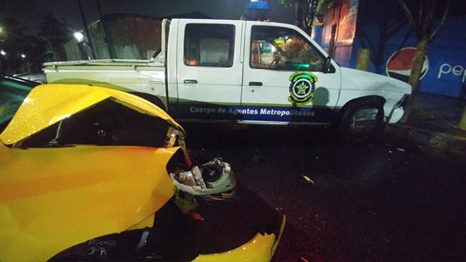 Agentes del CAM lesionados tras accidente de tránsito cerca del Mercado Ex Cuartel