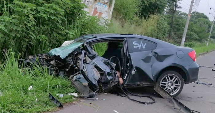 Joven pierde la vida en aparatoso accidente de tránsito en Santa Ana