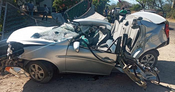 Cuatro lesionados tras aparatoso accidente en carretera de San Miguel