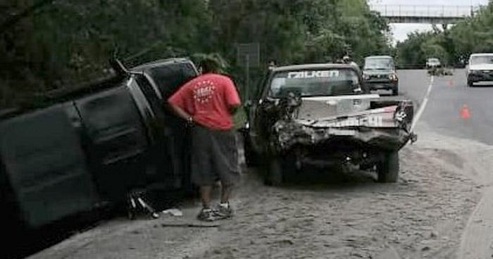 Conductor provoca choque sobre carretera Panamericana y huye del lugar