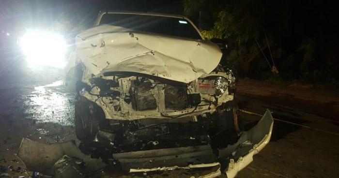 Mujer fallecida y 2 lesionados deja grave accidente en carretera de La Unión