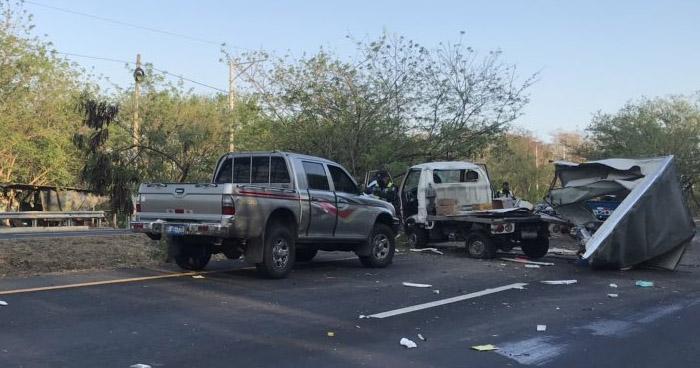 Fuerte accidente de tránsito se registra en carretera de Oro