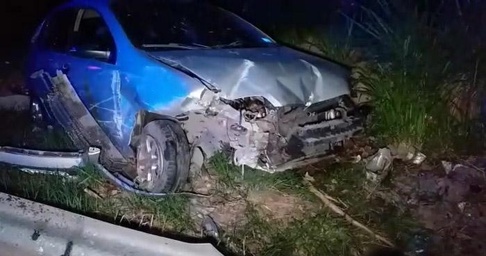 Accidentes dejan cuantiosos daños materiales y dos lesionados leves