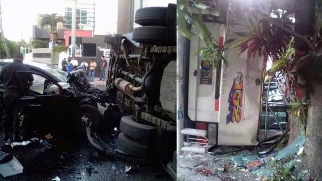 Al menos 9 heridos tras choque y vuelco de microbús de la ruta 152 en Santa Tecla