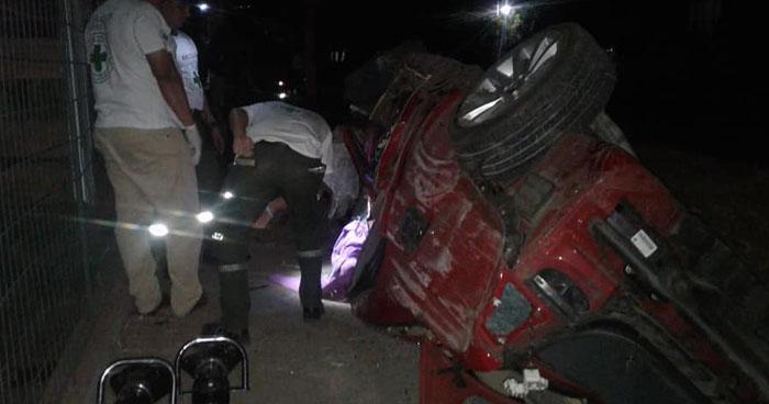 Conductor ebrio provoca accidente y mata a una mujer y a un bebé de 11 meses