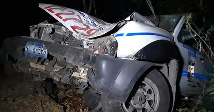 Tres agentes de la PNC lesionados tras accidente en Morazán