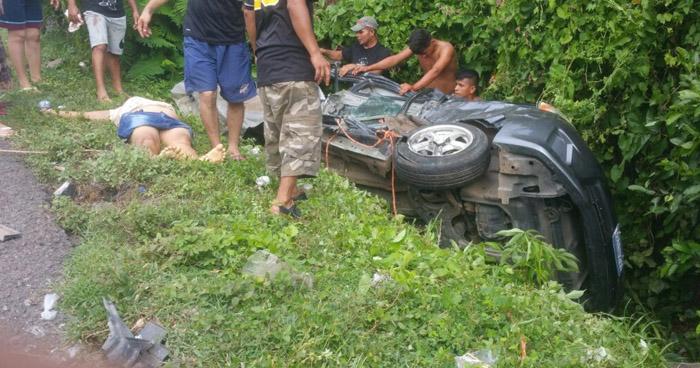 Dos fallecidos y un lesionado tras aparatoso accidente de tránsito en Tamanique