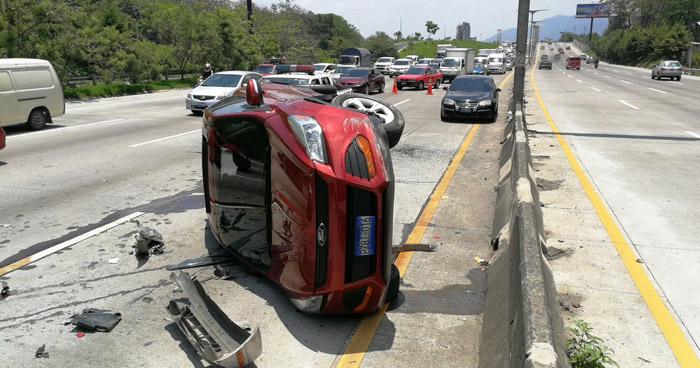 Un fallecido y 50 accidentes de tránsito, se han registrado en las últimas 24 horas