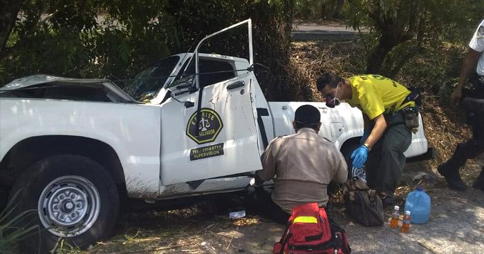Dos lesionados tras accidentes en carreteras Troncal del Norte y Comalapa
