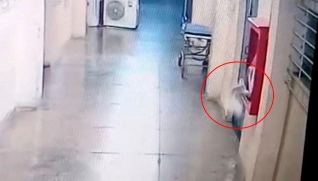 Cámaras captan actividad paranormal en morgue del hospital San Rafael