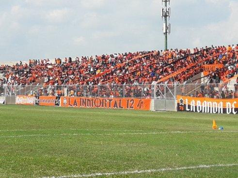 Arbitro central del duelo Águila vs Santa Tecla, reportara todos los desórdenes en el Estadio Barraza