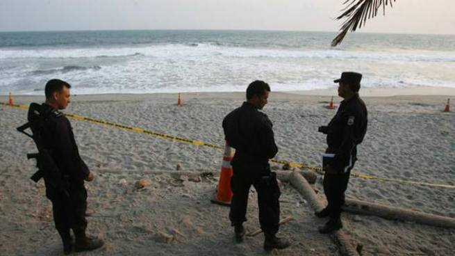 Encuentran cadáver del segundo joven que fue arrastrado por una corriente en una playa de La Unión