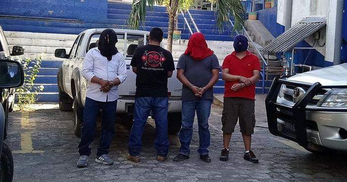 Prisión preventiva para policías de tránsito que extorsionaba a transportistas de La Unión