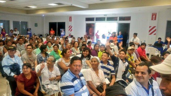 Alcaldía de San Salvador entrega más de 2 mil aparatos auditivos