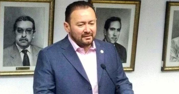 Tres capturados por amenazar al diputado de GANA, Guillermo Gallegos