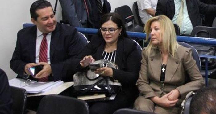 """Ana Ligia de Saca buscaba pasar menos de 3 años en prisión si declaraba culpable en caso """"Destape a la Corrupción II"""""""