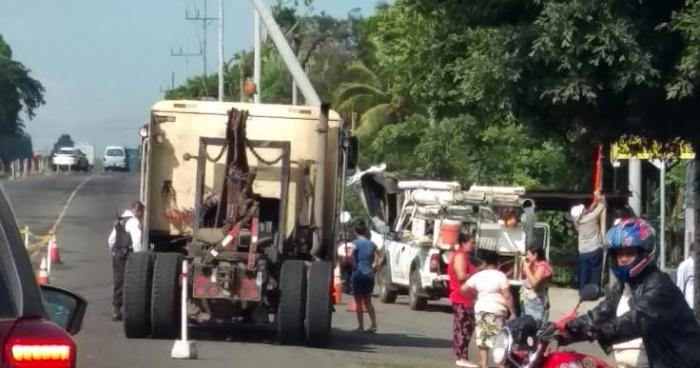 Anciano muere al ser arrollado por un camión en San Julián, Sonsonate