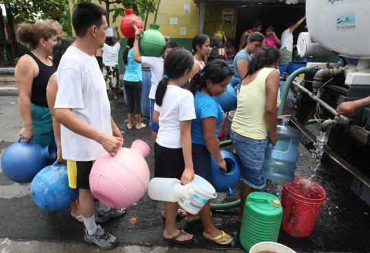 Lourdes se queda sin agua potable por falla eléctrica