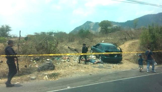 Un ladrón muerto y dos capturados tras persecución policial en Apopa