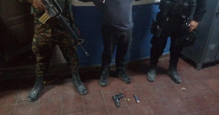 Capturan a pandillero que portaba arma de fuego de un agente de la PNC